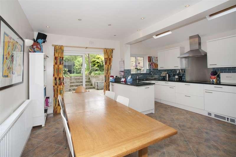 4 Bedrooms Terraced House for sale in Greenside Road, Shepherd's Bush