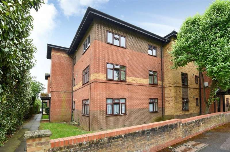 1 Bedroom Flat for sale in The Links, Gillians Way, Cowley, Oxford