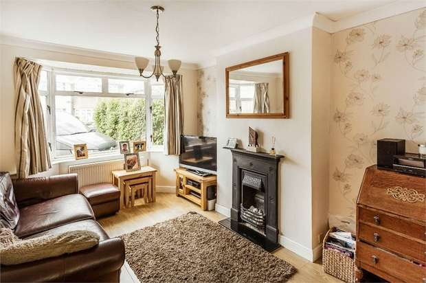 4 Bedrooms Semi Detached House for sale in King George Avenue, WALTON-ON-THAMES, Surrey