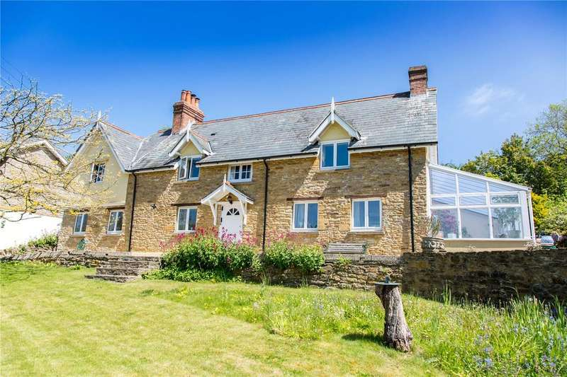3 Bedrooms Detached House for sale in West Coker Hill, West Coker, Yeovil, Somerset