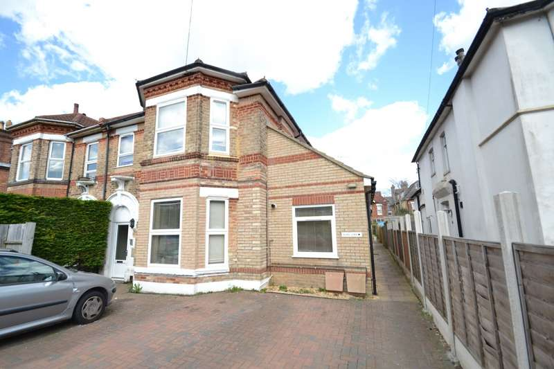 2 Bedrooms Flat for sale in Boscombe