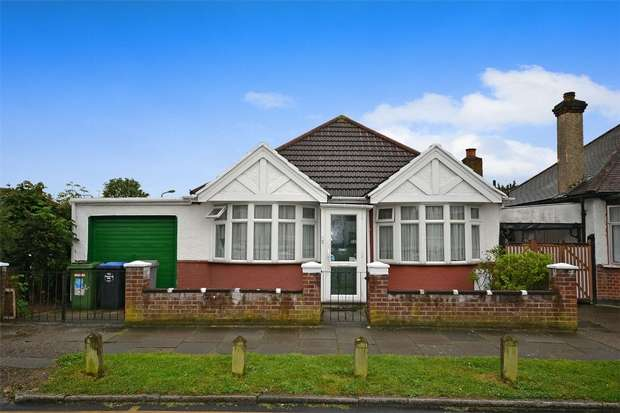 2 Bedrooms Detached Bungalow for sale in Eton Avenue, WEMBLEY, Middlesex
