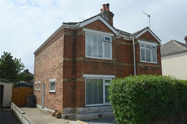 2 Bedrooms Semi Detached House for sale in Nortoft Road, Bournemouth, Dorset