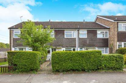 3 Bedrooms Terraced House for sale in Oakhill, Letchworth Garden City, Hertfordshire, England