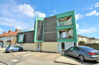 1 Bedroom Flat for sale in Elmleigh Road, Mangotsfield, Bristol