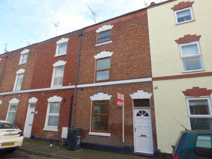 4 Bedrooms Terraced House for sale in Wellington Street, Gloucester, Gloucestershire