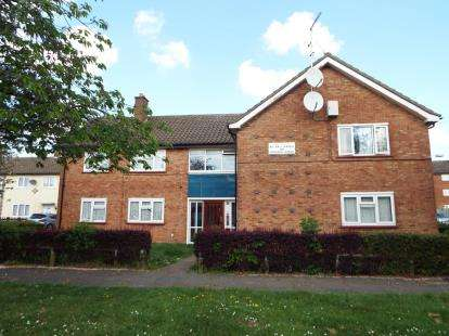 1 Bedroom Flat for sale in Ramsey Close, Luton, Bedfordshire, England