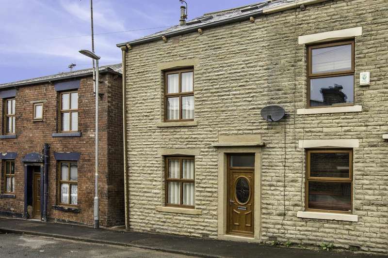 3 Bedrooms End Of Terrace House for sale in Victoria Street, Littleborough, OL15 8BN