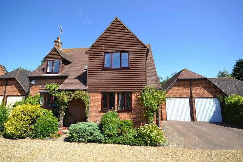 4 Bedrooms Detached House for sale in Croxon Way, Burnham-on-Crouch