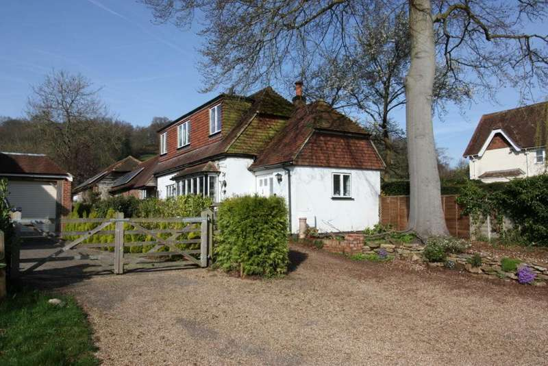 3 Bedrooms Barn Conversion Character Property for sale in Wonersh Common