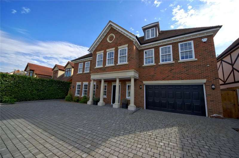 6 Bedrooms Detached House for sale in Ernest Road, Hornchurch, Essex, RM11