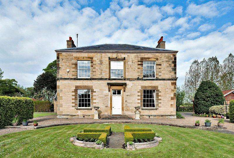 6 Bedrooms Detached House for sale in Derwent House, East Ayton, Scarborough, North Yorkshire, YO13