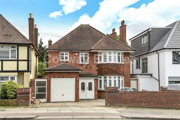 4 Bedrooms Detached House for sale in Woodcroft Avenue, Mill Hill, London