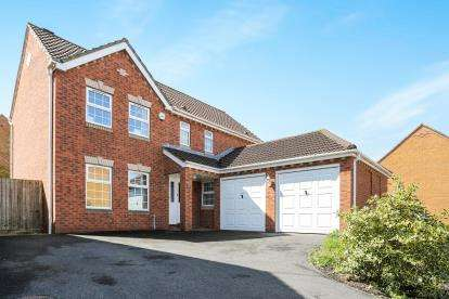 4 Bedrooms Detached House for sale in Juniper Way, Bradley Stoke, Bristol, Gloucestershire
