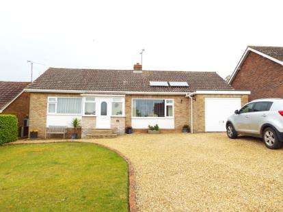 2 Bedrooms Bungalow for sale in Sedgeford, Hunstanton, Norfolk