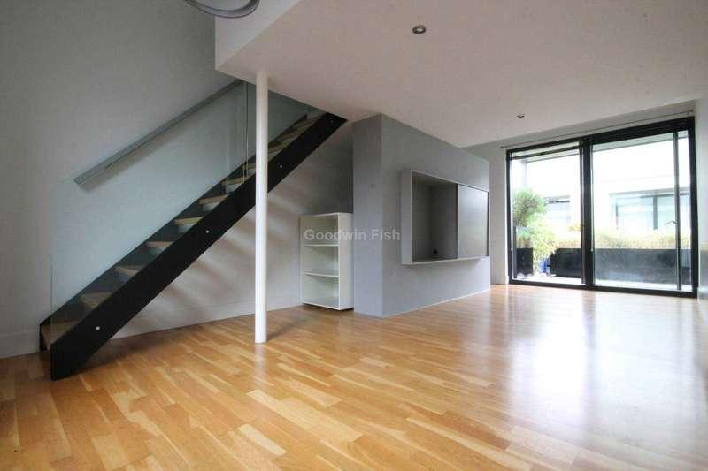 2 Bedrooms Terraced House for sale in Laburnum Street, Salford