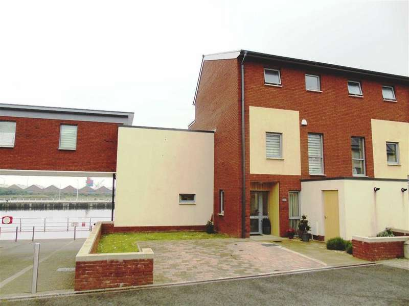 4 Bedrooms Town House for sale in Emily Court, Swansea
