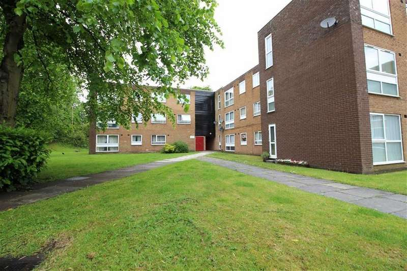 2 Bedrooms Flat for sale in 837 Altrincham Road, Baguley