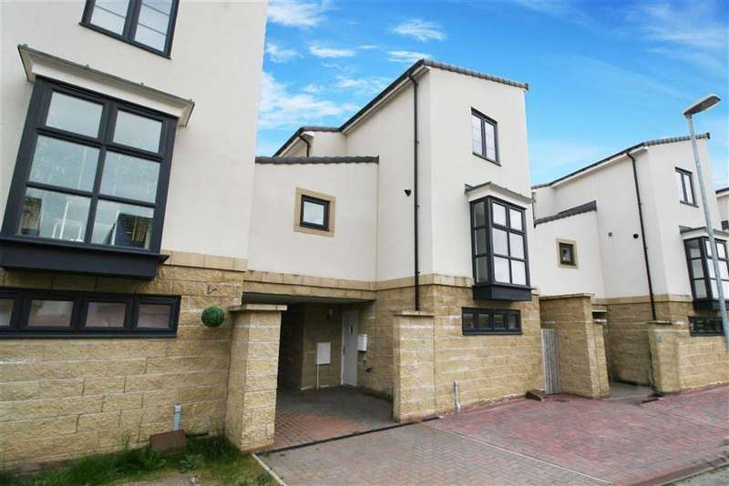 3 Bedrooms Property for sale in Cromwell Ford Way, Blaydon-on-tyne