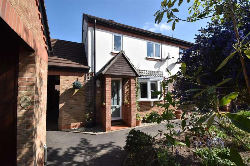 3 Bedrooms Property for sale in Teme Crescent, Droitwich