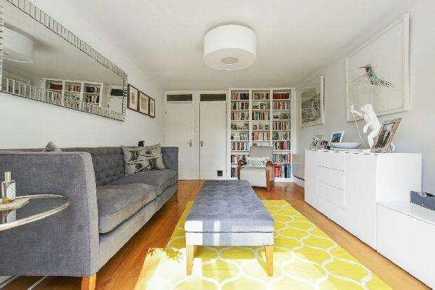 3 Bedrooms Terraced House for sale in CARDINALS WAY Whitehall Park N19 3UZ