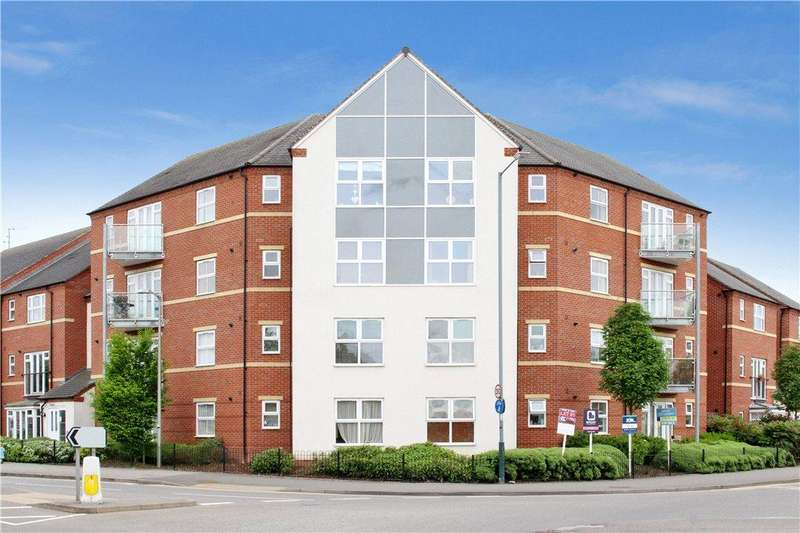 2 Bedrooms Apartment Flat for sale in Huxley Court, Stratford-upon-Avon, CV37