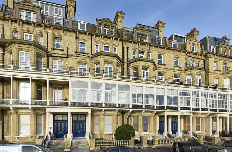 3 Bedrooms Flat for sale in Kings Gardens, Hove