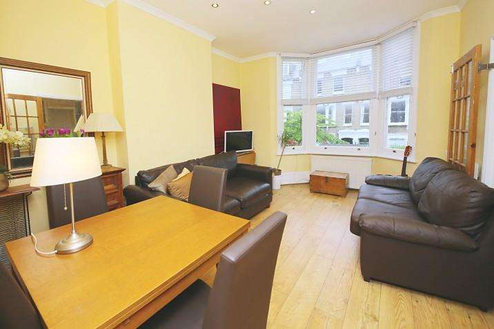 2 Bedrooms Apartment Flat for sale in Courthope Road NW3