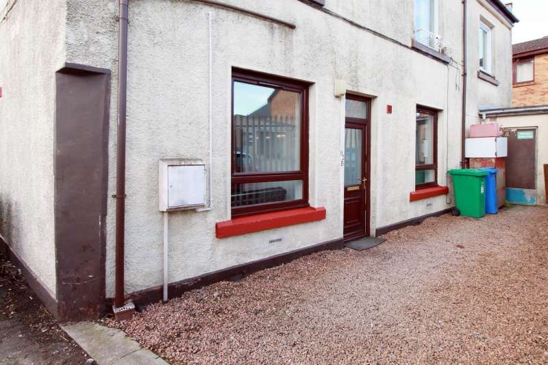 1 Bedroom Ground Flat for sale in Rumblingwell, Dunfermline, KY12 9AS