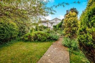 3 Bedrooms Bungalow for sale in Gorham Avenue, Rottingdean, Brighton, East Sussex