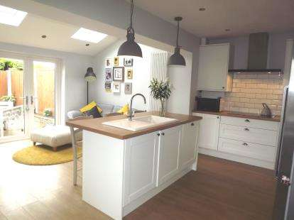 2 Bedrooms Semi Detached House for sale in The Briars, Knaresborough, North Yorkshire