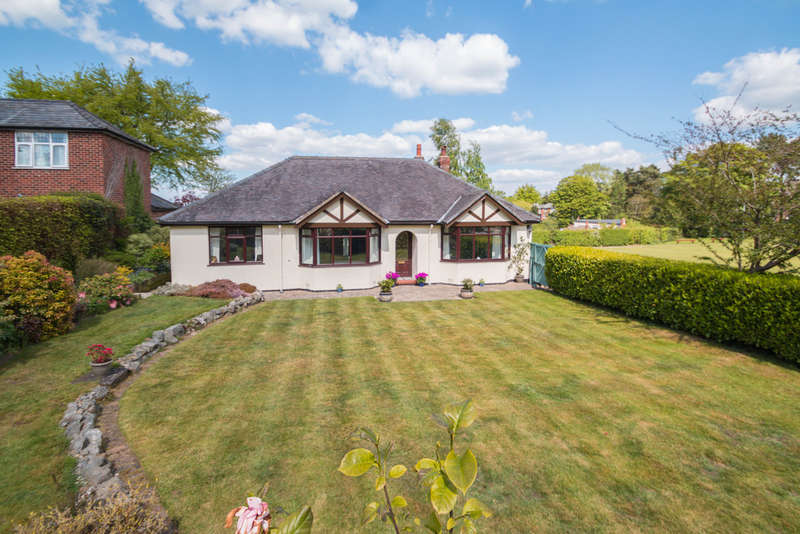 3 Bedrooms Detached Bungalow for sale in Norley Road, Cuddington