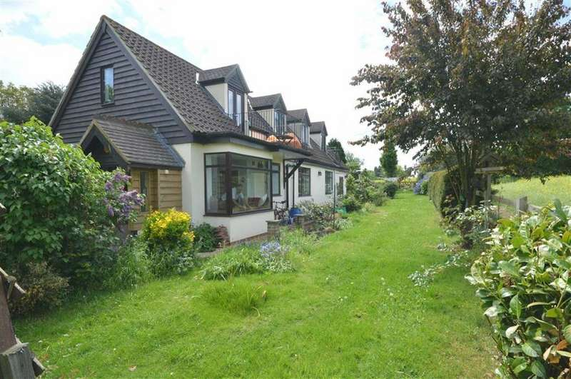 3 Bedrooms Detached House for sale in Bromley Lane, Much Hadham, Hertfordshire, SG10