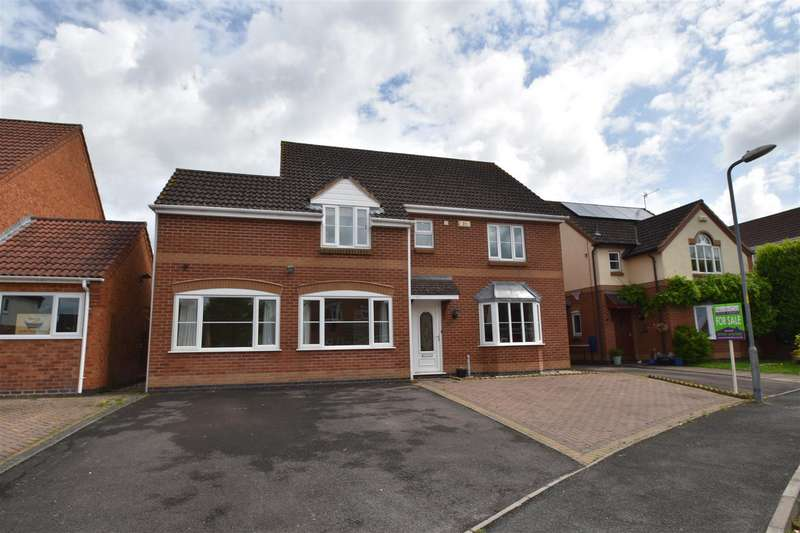 4 Bedrooms Property for sale in Mandalay Drive, Norton, Worcester