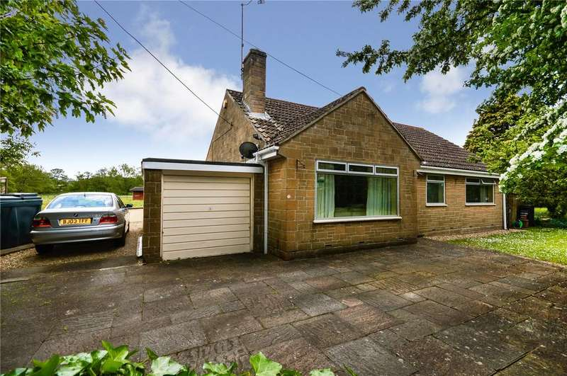 3 Bedrooms Bungalow for sale in The Green, Stoford, Yeovil, Somerset, BA22