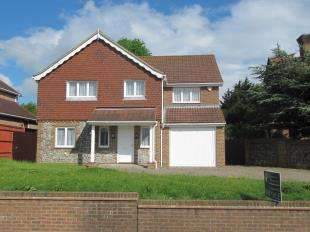 4 Bedrooms Detached House for sale in Park Lane, Eastbourne, East Sussex