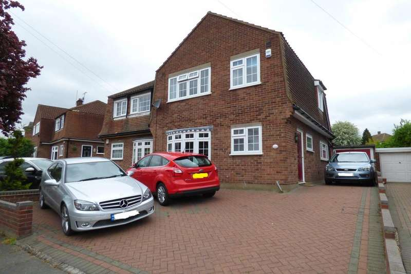 3 Bedrooms Semi Detached House for sale in Upminster RM14