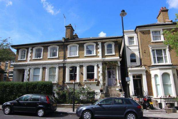 3 Bedrooms Flat for sale in St. John's Grove, London, N19