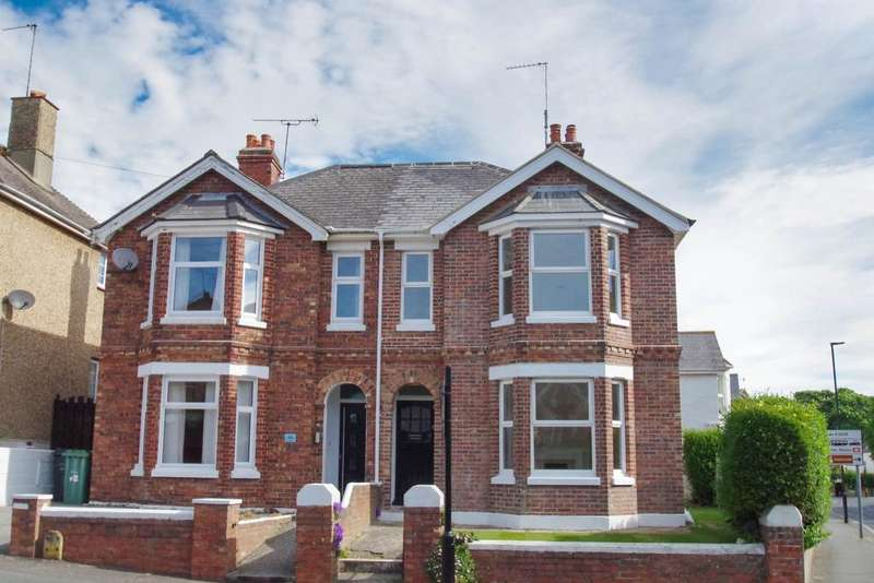 4 Bedrooms Semi Detached House for sale in St. Pauls Avenue, Shanklin PO37