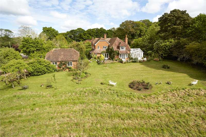 5 Bedrooms Detached House for sale in Wrotham Hill, Dunsfold, Godalming, Surrey, GU8