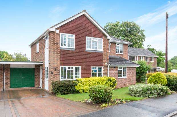 4 Bedrooms Detached House for sale in Oakley, Basingstoke, Hampshire