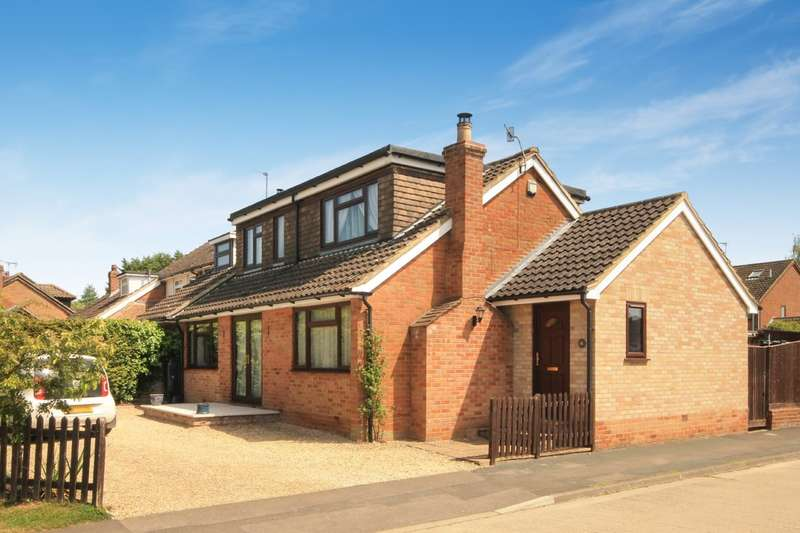 4 Bedrooms Semi Detached House for sale in Worminghall Road, Ickford