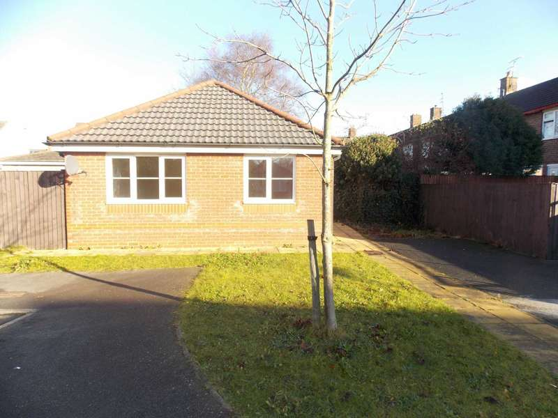 2 Bedrooms Bungalow for sale in Newick Park, Westvale