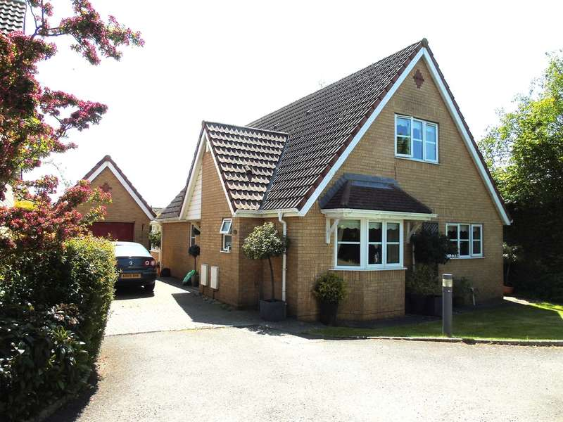 4 Bedrooms Detached House for sale in Southglade, Sully
