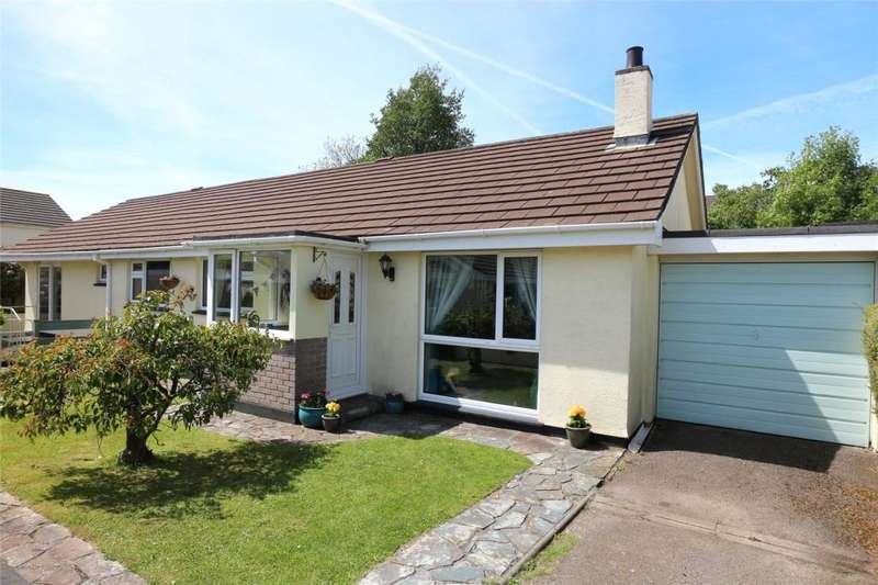 4 Bedrooms Detached Bungalow for sale in Springfield Way, Threemilestone, Truro