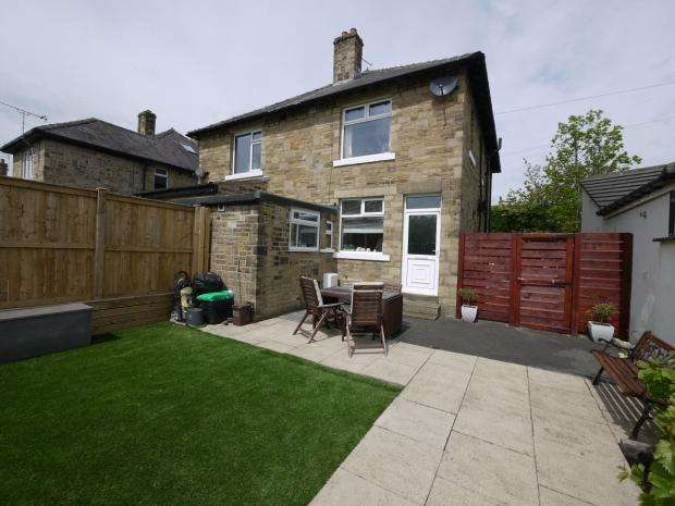2 Bedrooms Semi Detached House for sale in Cookson Street Brighouse