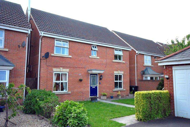 4 Bedrooms Detached House for sale in The Seven Acres, Weston-super-Mare, North Somerset, BS24