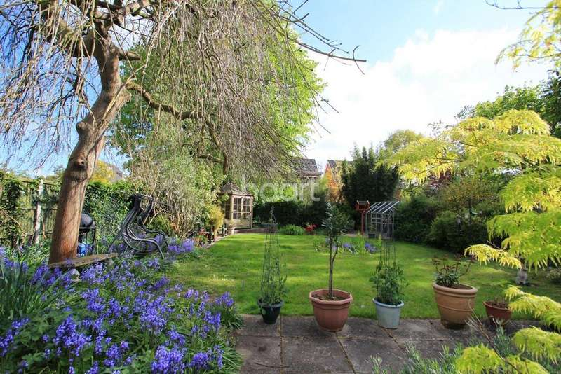 3 Bedrooms Detached House for sale in Gipsy Lane