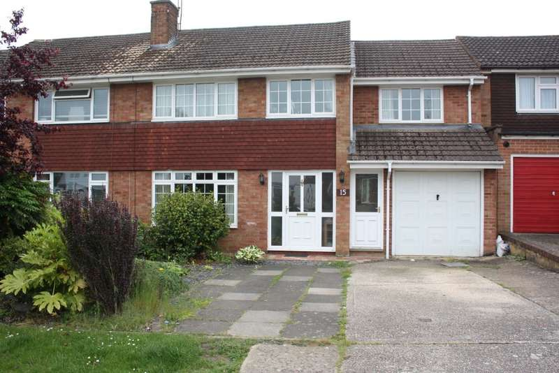 5 Bedrooms Semi Detached House for sale in Caldbeck Drive, Woodley, Reading, RG5