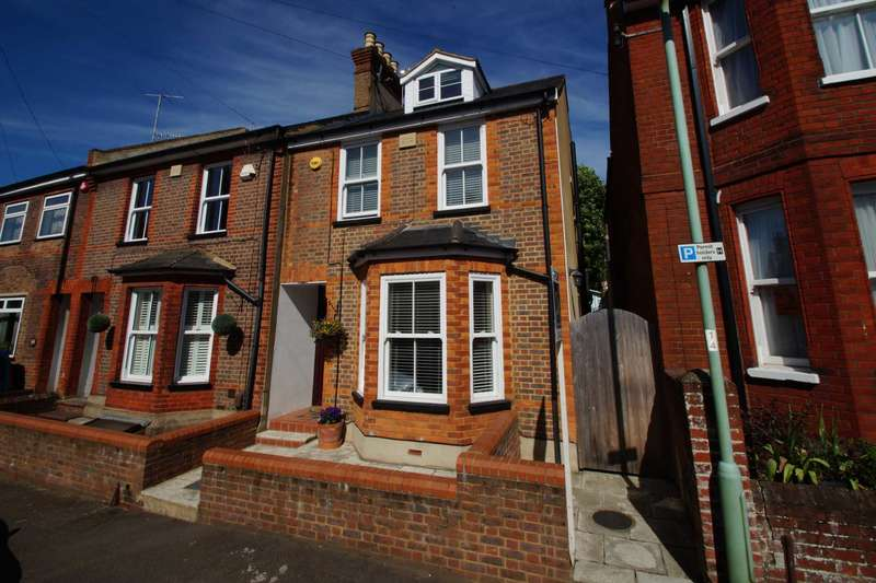 3 Bedrooms House for sale in Alexandra Road, Old Town, Hemel Hempstead